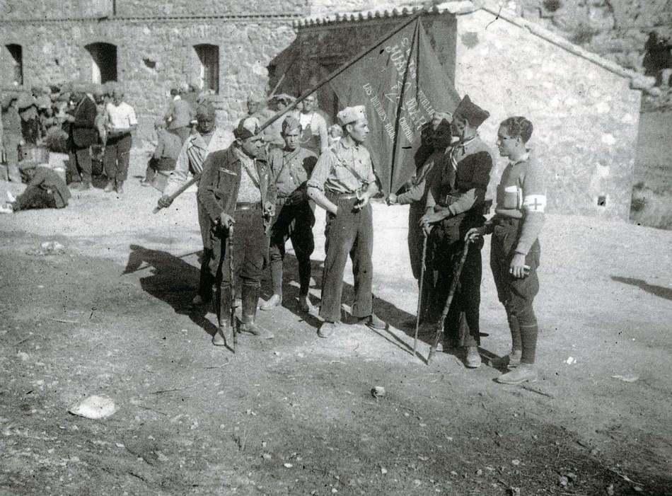 Foto El batalló Juan Marco al front de Terol. El primer per la dreta és Manuel Usano