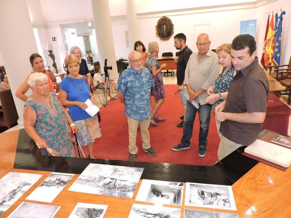 La família del doctor Manuel Usano dóna a l'Arxiu Municipal de Dénia una col·lecció de 72 fo...