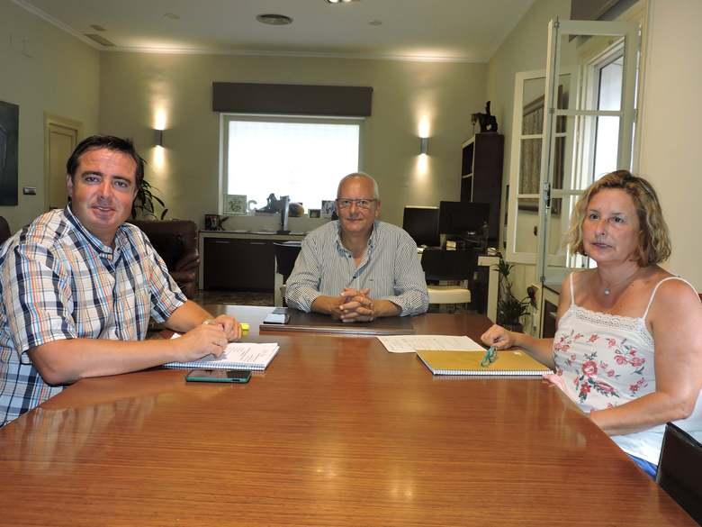 Primera presa de contacte del director general de Turisme amb l'alcalde de Dénia