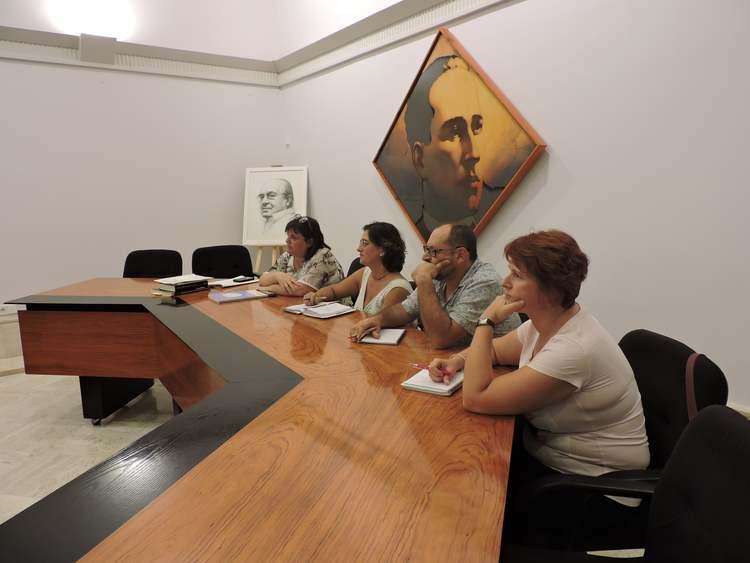 La Mesa de Empleo crea nuevos grupos de trabajo y modifica su reglamento para ganar operativ...
