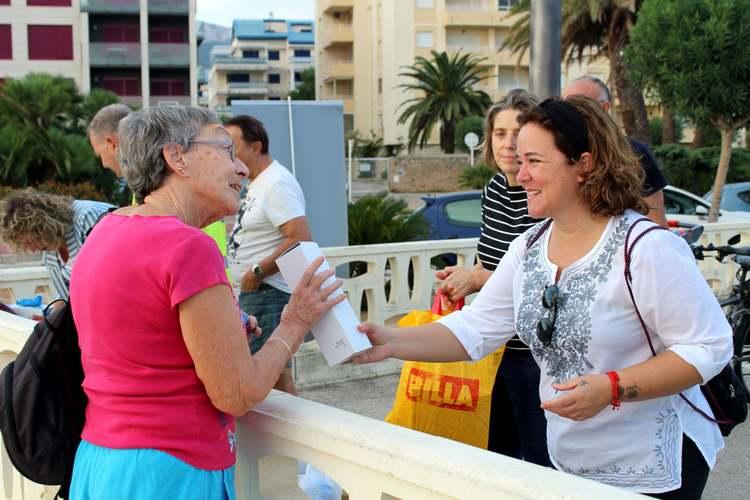 Els participants de la jornada de neteja de la costa 'Per una mar neta' arrepleguen 661 quil...
