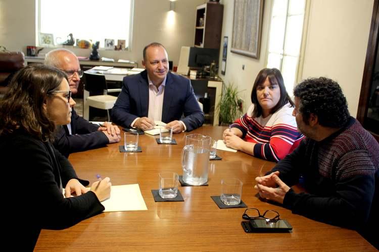 Foto El conseller Dalmau estudia accions amb l'Ajuntament de Dénia per a solucionar el problema de l