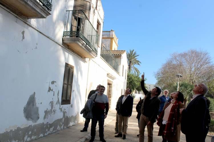 L'alcalde de Dénia sol·licita col·laboració al president de la Diputació per a dur ...