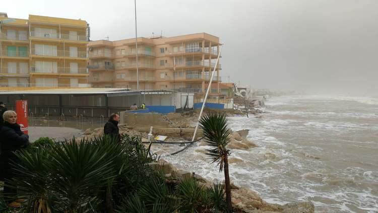 Foto El delegado del Gobierno en funciones visita las zonas afectadas por el temporal en Dénia