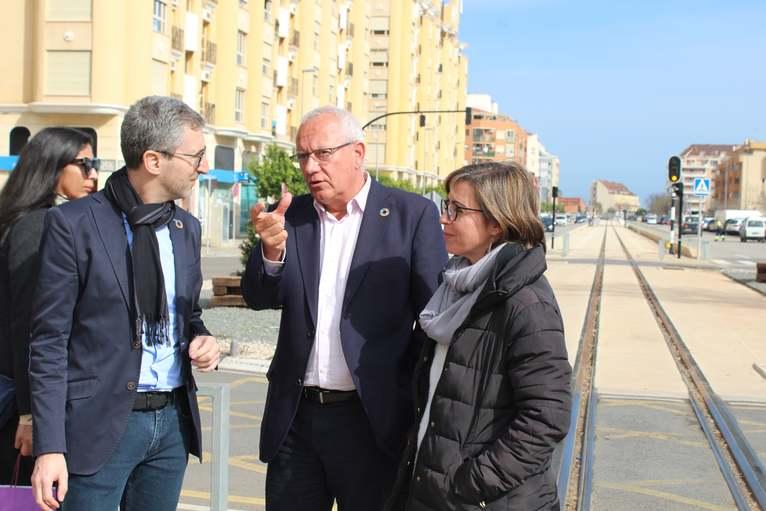 """El conseller Arcadi España anuncia que la Línia 9 del TRAM estarà operativa """"a mitjan o fina..."""