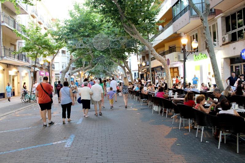 L'Ajuntament de Dénia estableix mesures de reordenació de l'espai públic per a adapt...