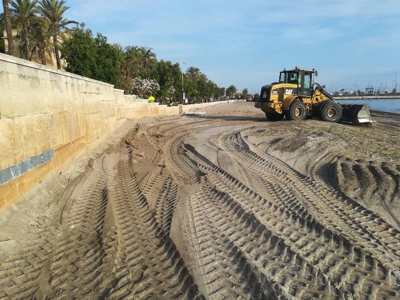 Dénia presenta les primeres mesures per a garantir la seguretat i higiene a les platges