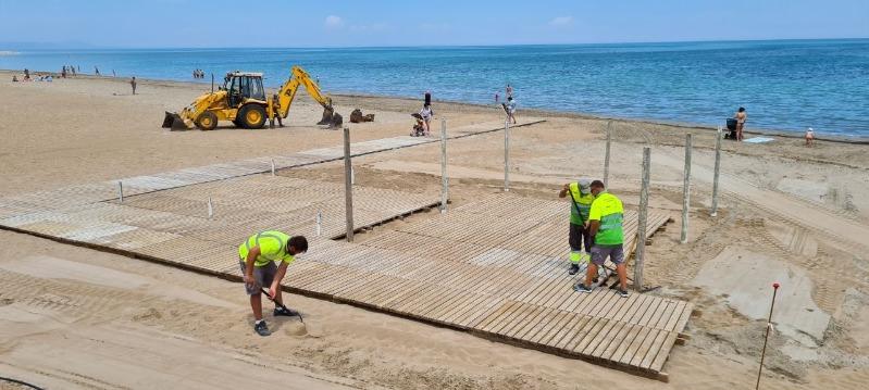 Foto La platja accessible de Punta del Raset comença a funcionar l'1 de juliol