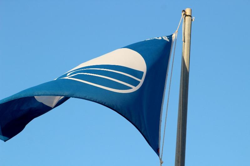 Dénia revalida les banderes blaves de les seues platges i ports esportius