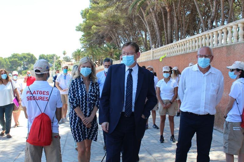 El president Puig da la bienvenida en Dénia a los jóvenes que empiezan a trabajar como auxil...