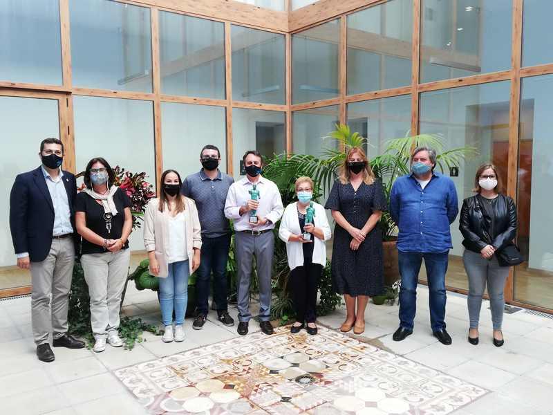 El Centre Públic Municipal de Formació de Persones Adultes d'Alfafar i la seua associaci...