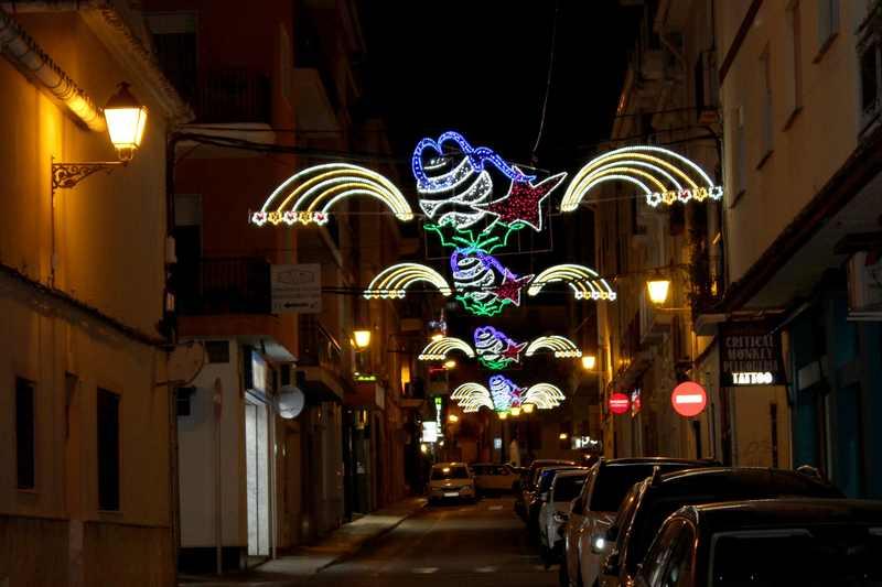 Foto El Ajuntament de Dénia amplía la iluminación navideña a diecinueve puntos más de la ciudad