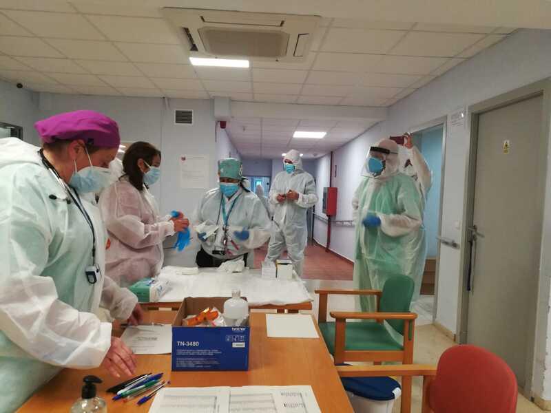 Comença la vacunació contra la COVID-19 en la residència de majors Santa Llúcia