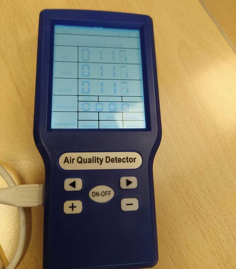 L'Ajuntament de Dénia reparteix mesuradors de CO2 en tots els centres educatius de Dénia, la...